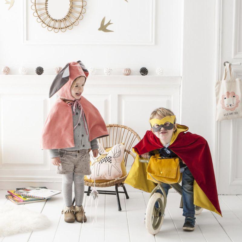 Coudre déguisement halloween: cape