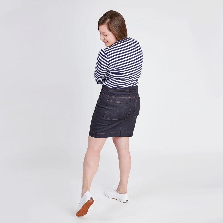 femme de dos portant jupe Ellis de lamarque Cashmerette