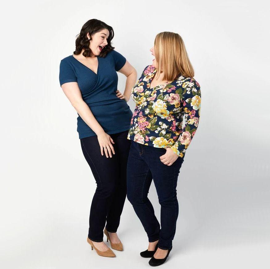 deux femmes portant top Darmouth de cashmerette