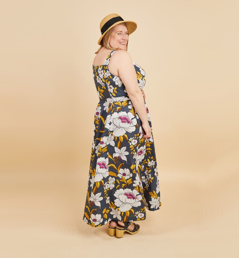 Robe Holyoke de Cashmerette dans un tissu fleuri