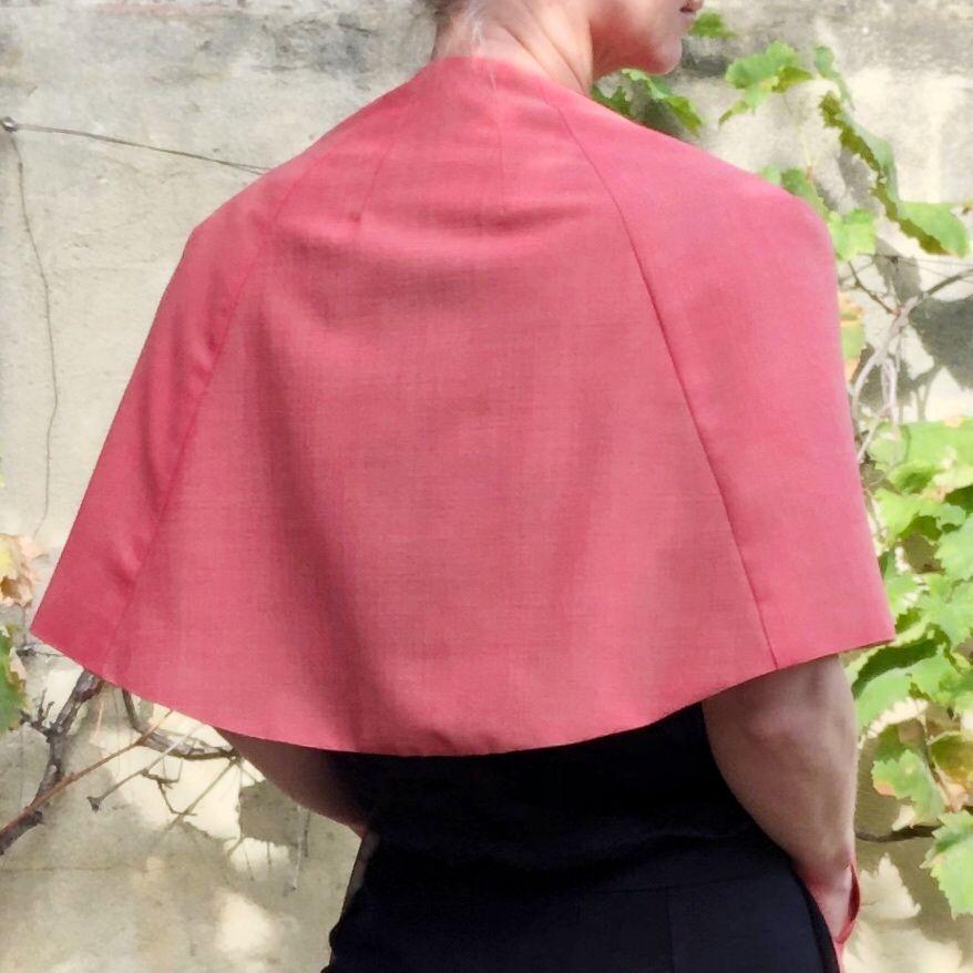 patron couture petite cape rose beverley