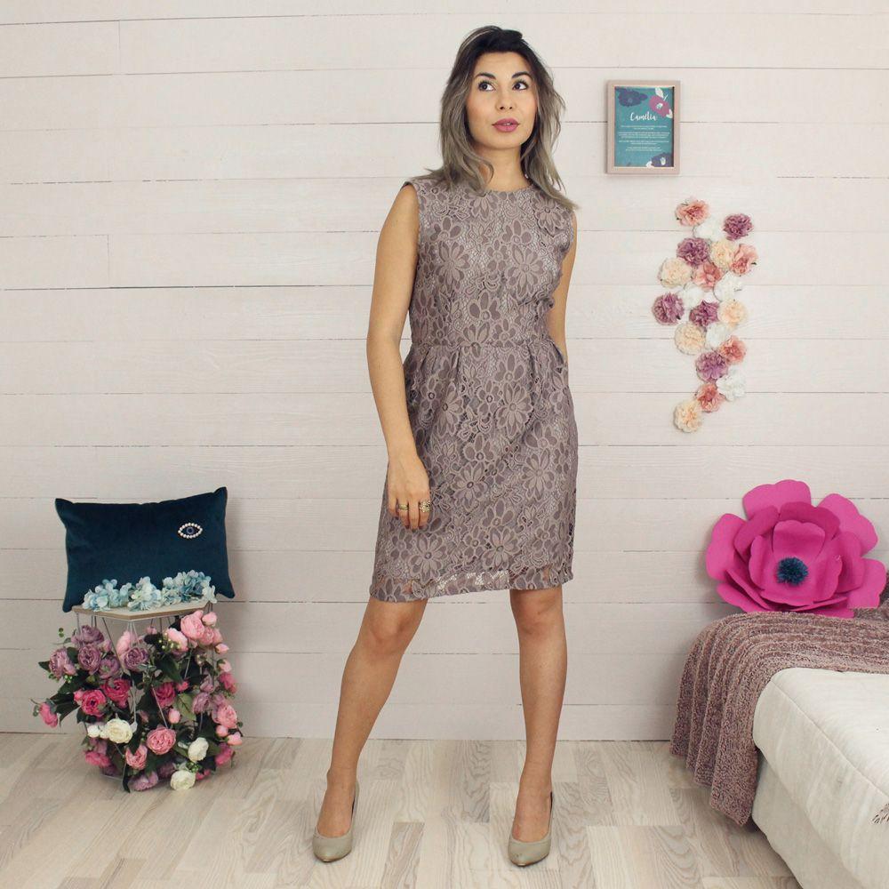 Une robe du kit couture Mona Sew