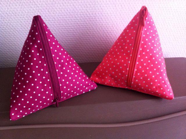 Pochette berlingot en forme de pyramide