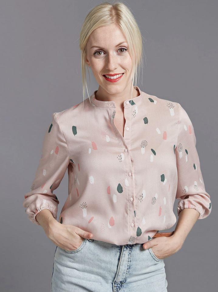 patron the avid seamstress blouse roe à pois pastel