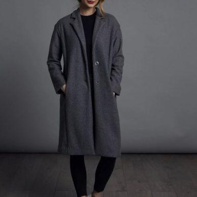 patron de couture the avid seamstress vu de face