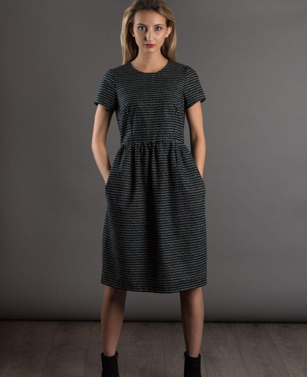 patron robe de jour the avid seamstress en noir