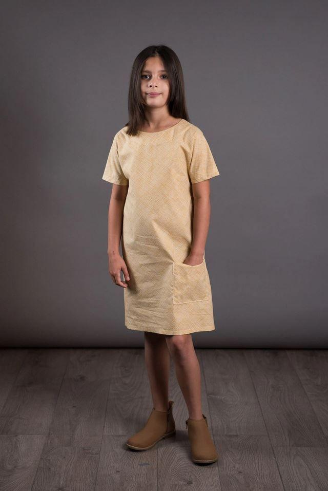 patron robe pour fille the avid seamstress jaune