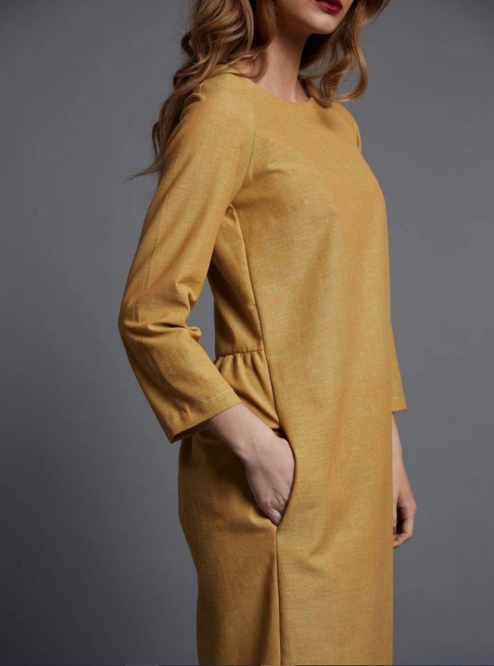 Patron couture the avidd seamstress robe plissée pour femme vue de coté