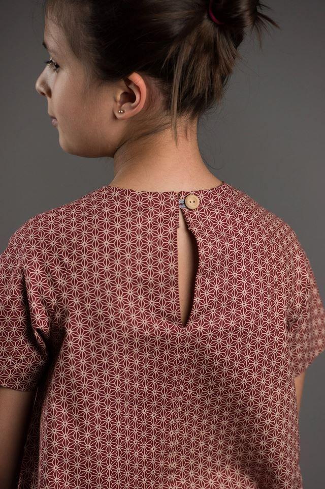 patron couture robe pour fille imprimée en rouge